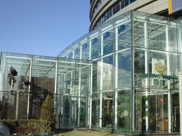 Ara a de acero inoxidable para fachadas de cristal - Fachadas de cristal ...