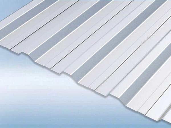 Chapas para techos y paneles para paredes de acero for Paneles de pvc para paredes